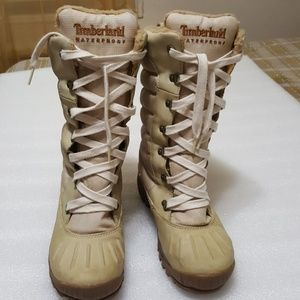 ♨️TIMBERLAND♨️ womens boots size 6.5M